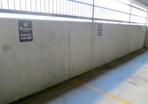 Panera Florida Hospital - Parking