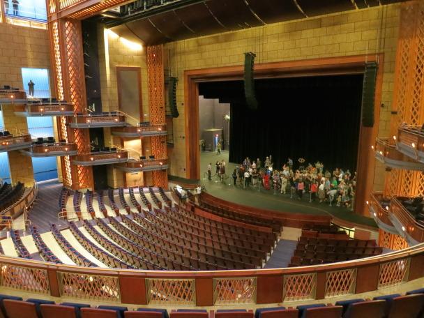 Walt Disney Theater 1
