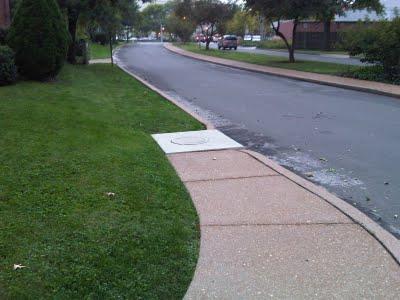 Sidewalk-leading-to-nowhere
